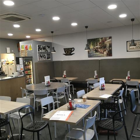 Image of FULLY LICENSED CAFÉ WITH 46 COVERS – 160715