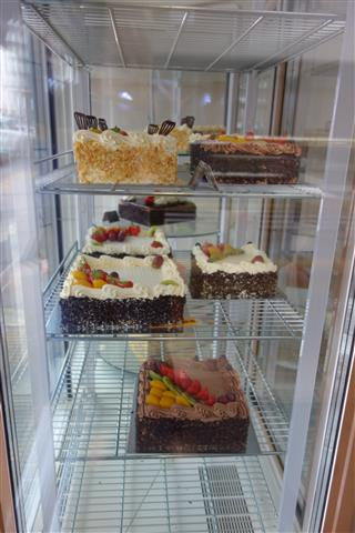 Image of ESTABLISHED CAKE AND COFFEE SHOP IN WEMBLEY – 160413